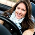 mulher dirigindo 150x150 mulher dirigindo