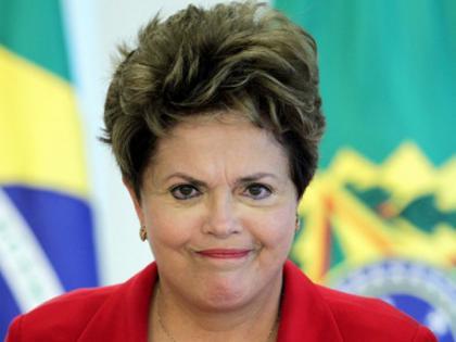 dilma vaiada Dilma passa mal em debate ( Video)