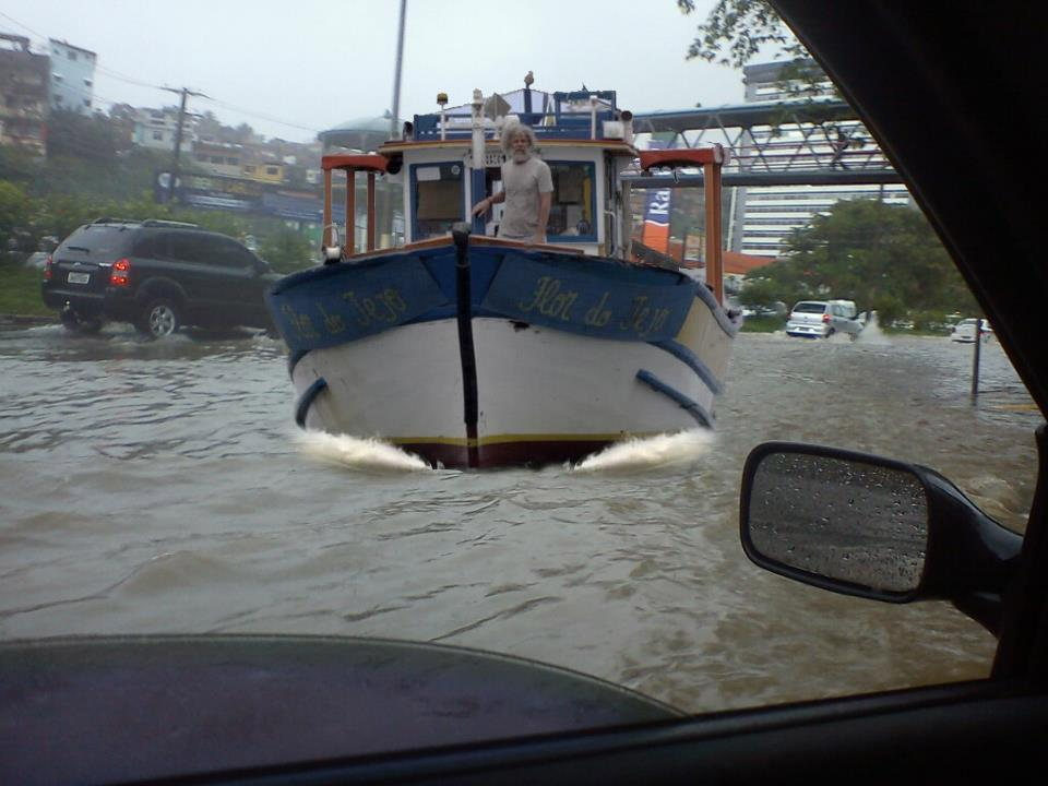#chuvanoes: Espírito Santo é castigado pelas chuvas!