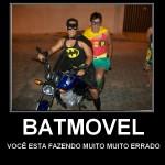 Humor: Batman tabajara cai no carnaval do Brasil…