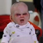 video bebe diabo pegadinha 150x150 Bizarro: bebê nasce com 2 pênis em cidade do peru!