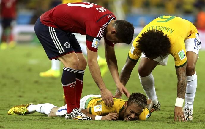 neymar video contusao copa