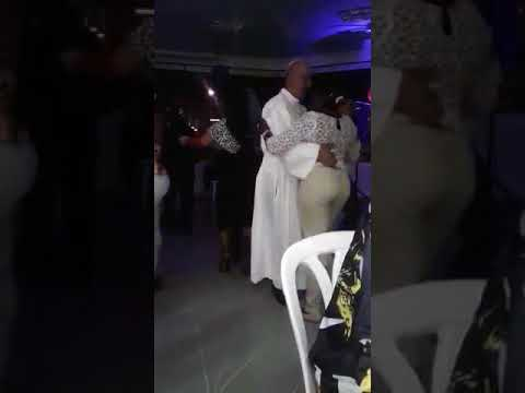 papa dançando samba Delegado da PF alerta sobre vírus de vídeo do Papa: é verdade? Saiba já!