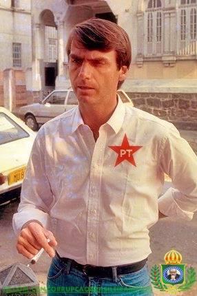 bolsonaro pt maconha Bolsonaro é visto com camisa do PT e cigarro de maconha na mão? Saiba a verdade
