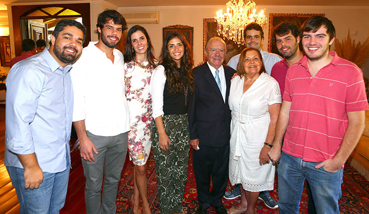 familia sarney2 Família Sarney ganhou prêmio acumulado da Mega Sena após fraude? Saiba a verdade!