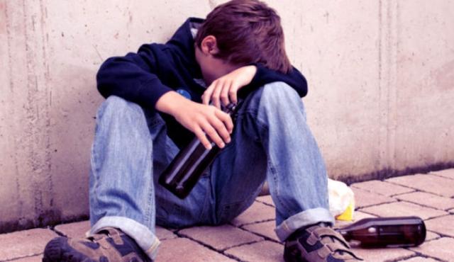 Traficantes de droga: como assegurar que a sua criança não é afetada